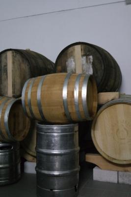 Bier im Weinfass Craftbeer Köln Ehrenfeld ausgehen Tipp